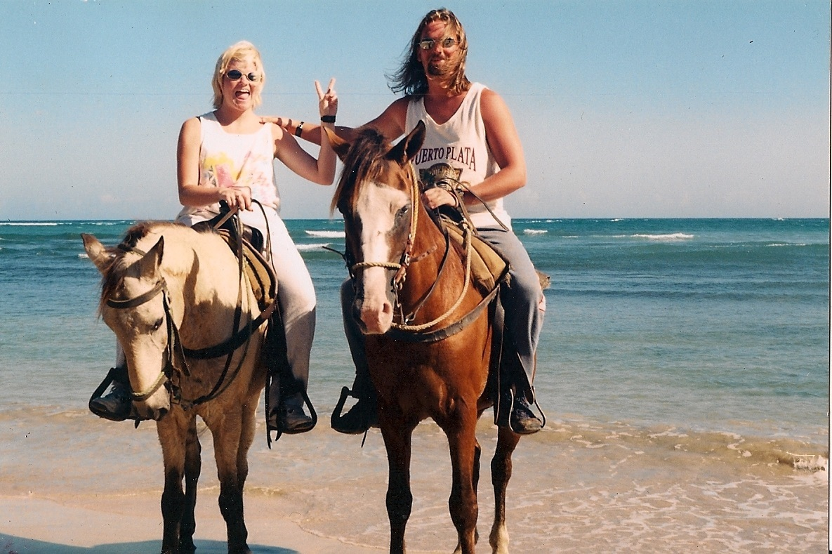 Romantic Travel,Riding horses in Dominican Republic,