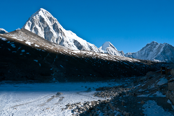 Kalapattar view on the everest base camp trek