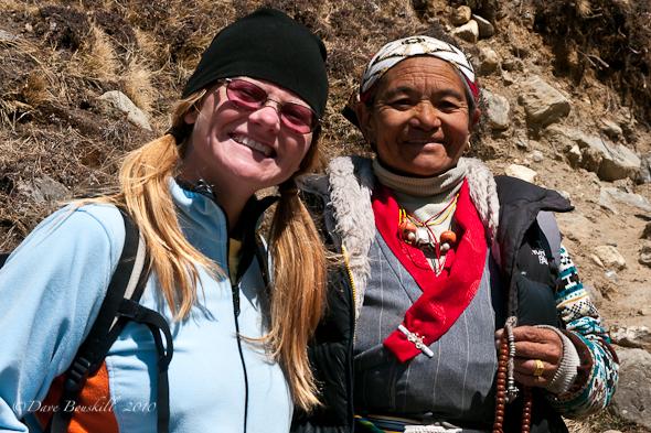 trekker and nepal woman on EBC Trek