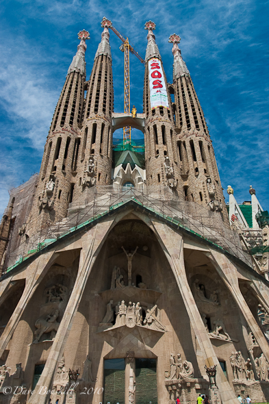 La Sagra Familia gaudi's masterpiece under construction