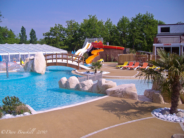 family campground with pool and waterslide