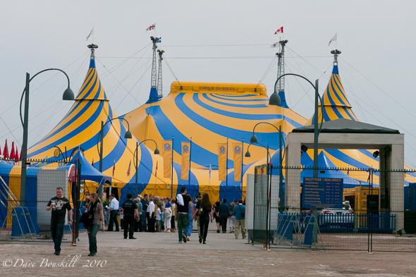 Montreal-Summertime-Cirque-de-Soleil