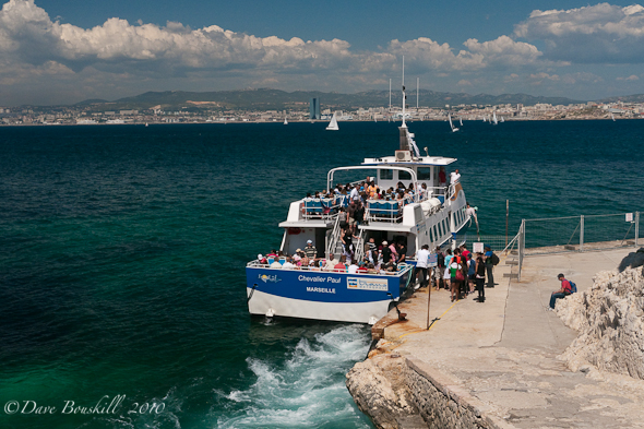 ferry-marseilles-france-chateau-dif
